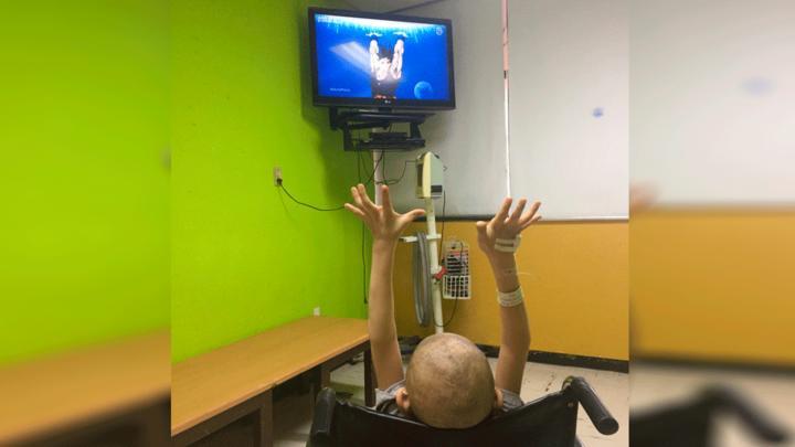 Mario Castañeda y niño con cáncer tuvieron emotiva conversación — Facebook
