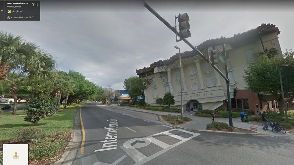 Google Maps: Hallan mansión \'al revés\' e imagen asombra a ...