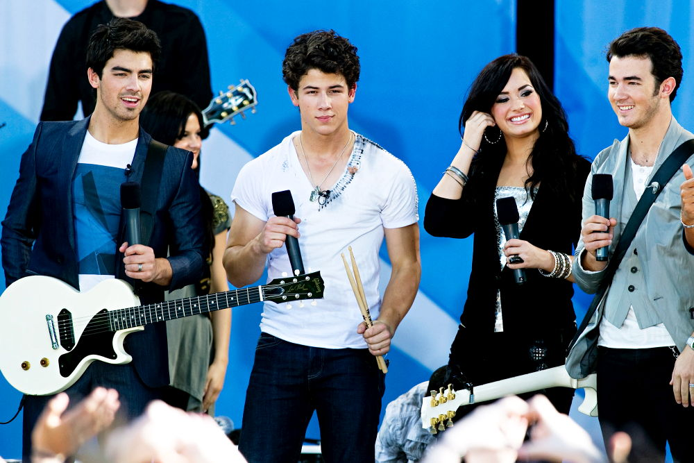 Demi y the Jonas Brothers