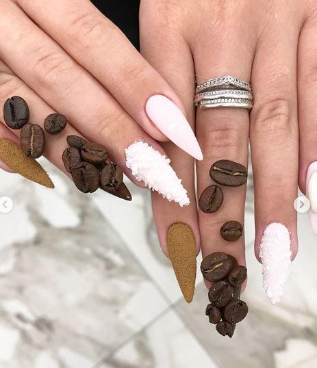 Manicure 1
