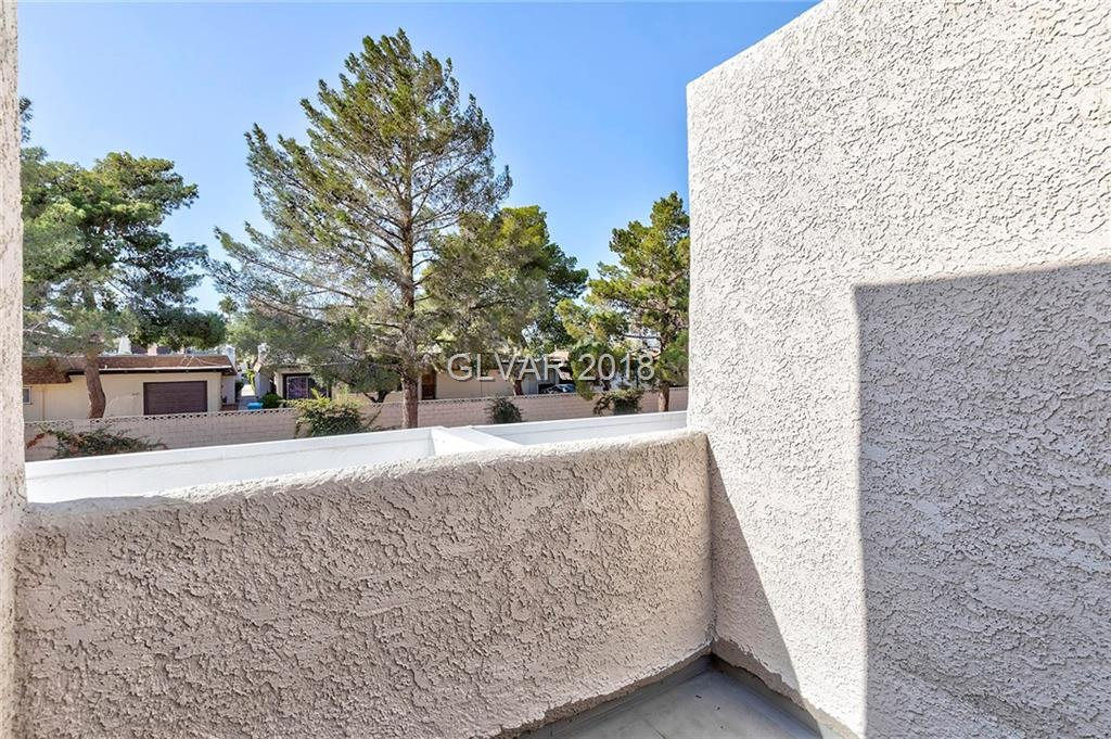 2688 Matogroso Ln Las Vegas, NV 89121 - Photo 14