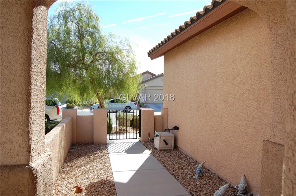 6078 Equine Ave Las Vegas, NV 89122 - Photo 2