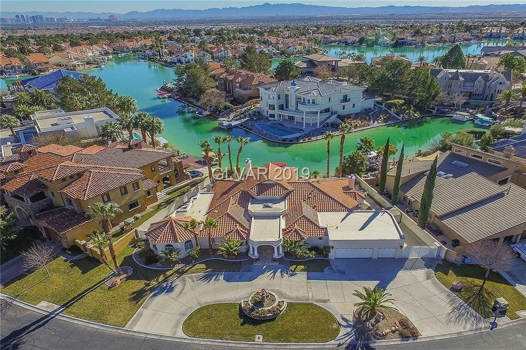 2816 Coast Line Ct Las Vegas NV 89117