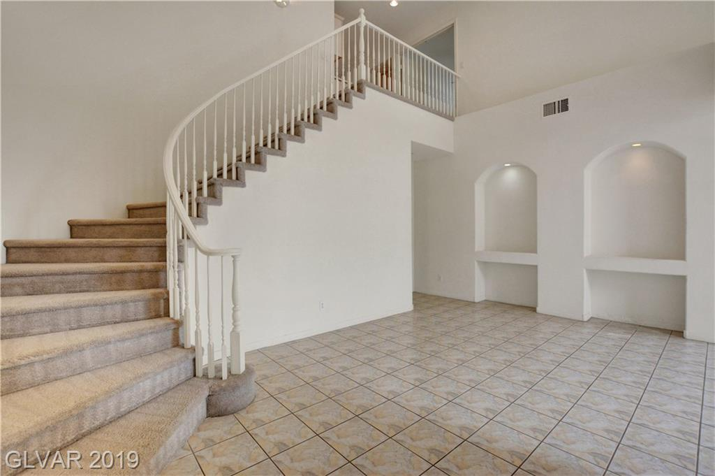 671 Kentons Run Ave Henderson, NV 89052 - Photo 4