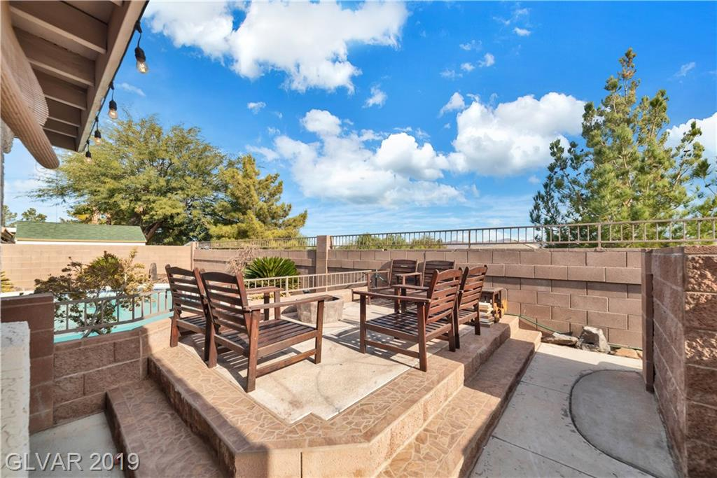 Paradise Hills - 1034 Kings View Ct