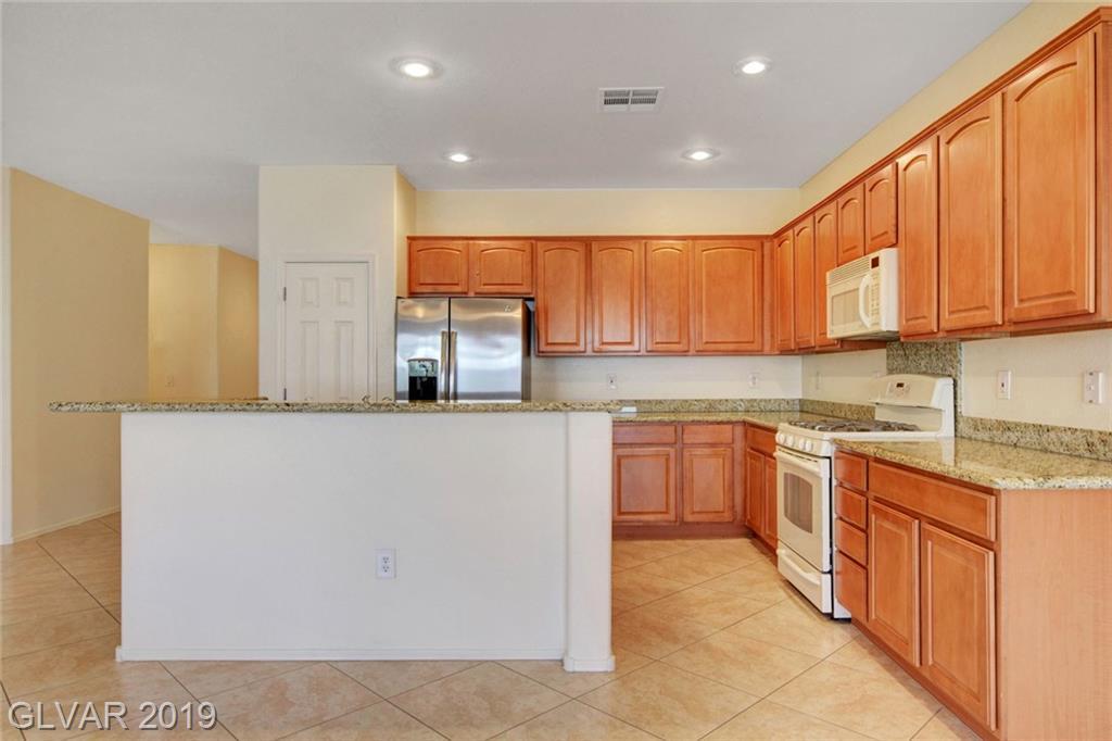 2252 Laurel Heights Ln Henderson, NV 89052 - Photo 8
