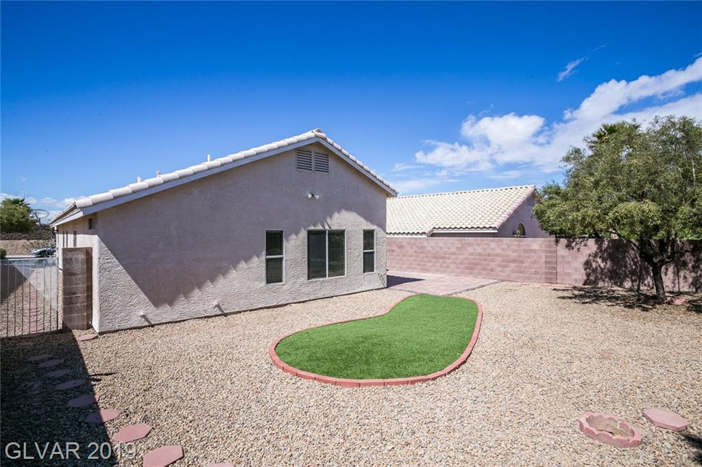2267 Smokey Sky Dr Henderson, NV 89052 - Photo 24