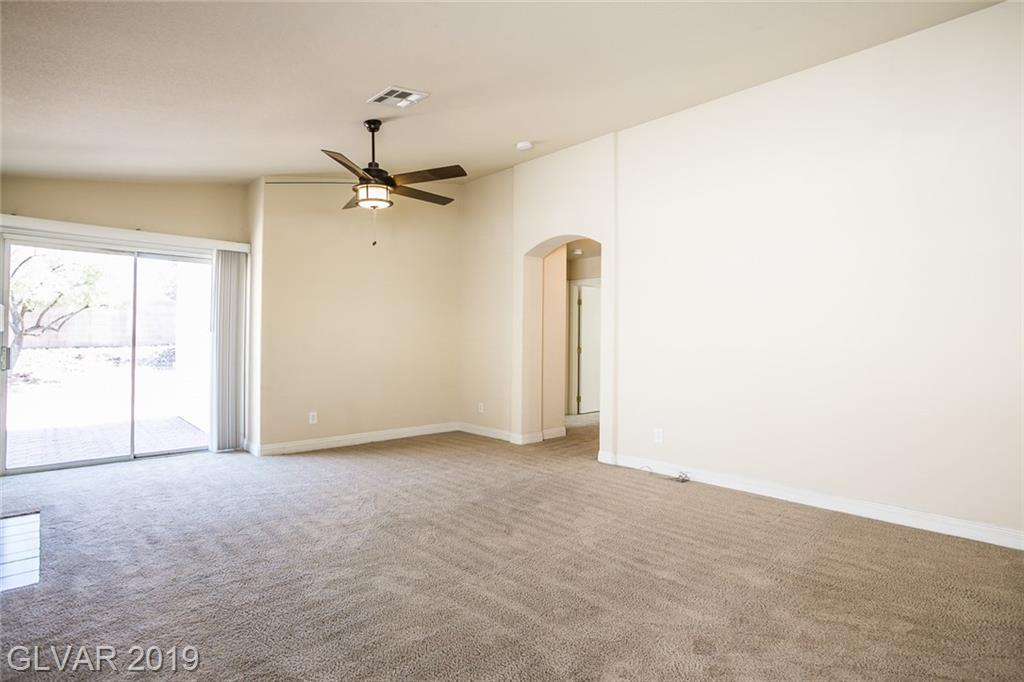 2267 Smokey Sky Dr Henderson, NV 89052 - Photo 4