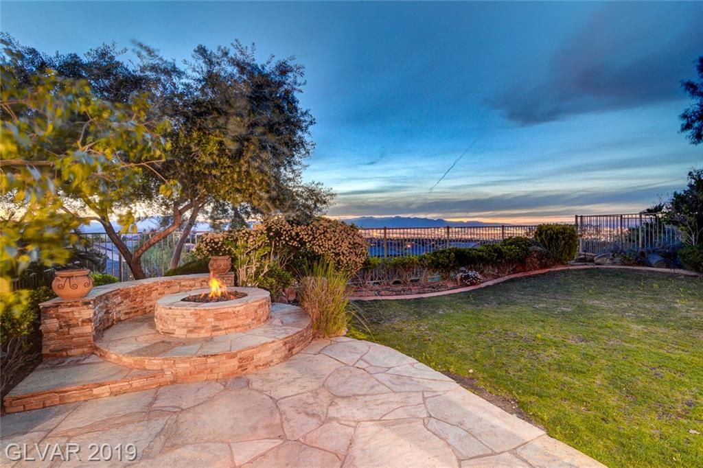 3 Pine Hollow Dr Henderson, NV 89052 - Photo 2