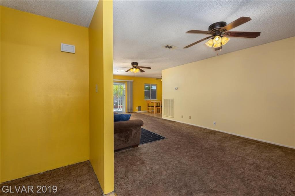 325 Analisa Ln Las Vegas, NV 89145 - Photo 3