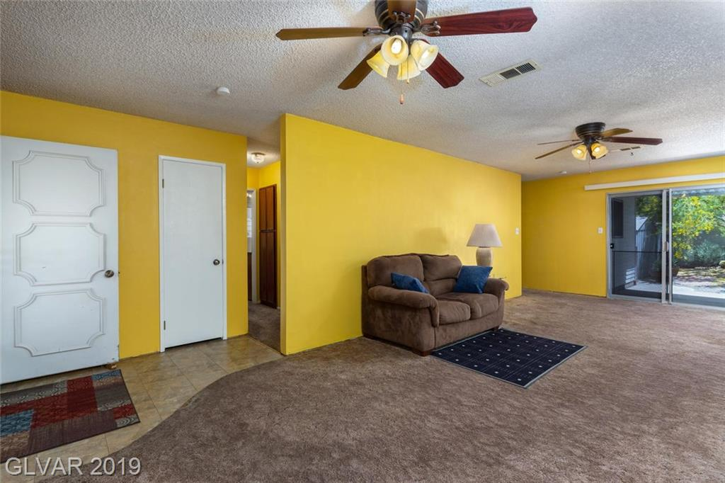 325 Analisa Ln Las Vegas, NV 89145 - Photo 4