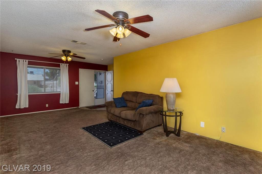 325 Analisa Ln Las Vegas, NV 89145 - Photo 5