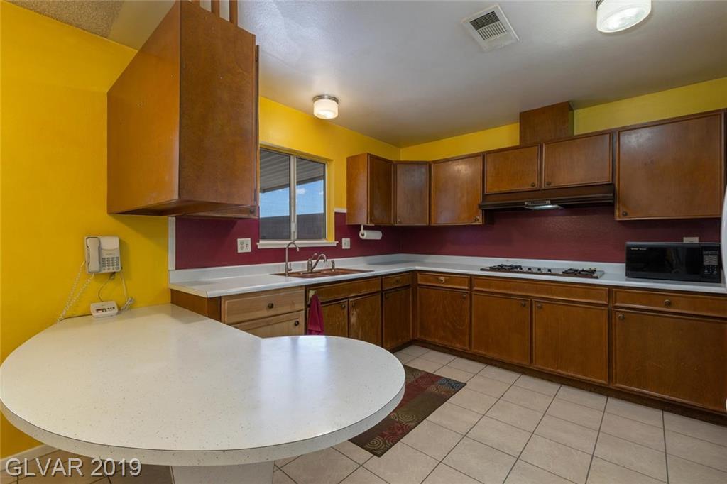 325 Analisa Ln Las Vegas, NV 89145 - Photo 7