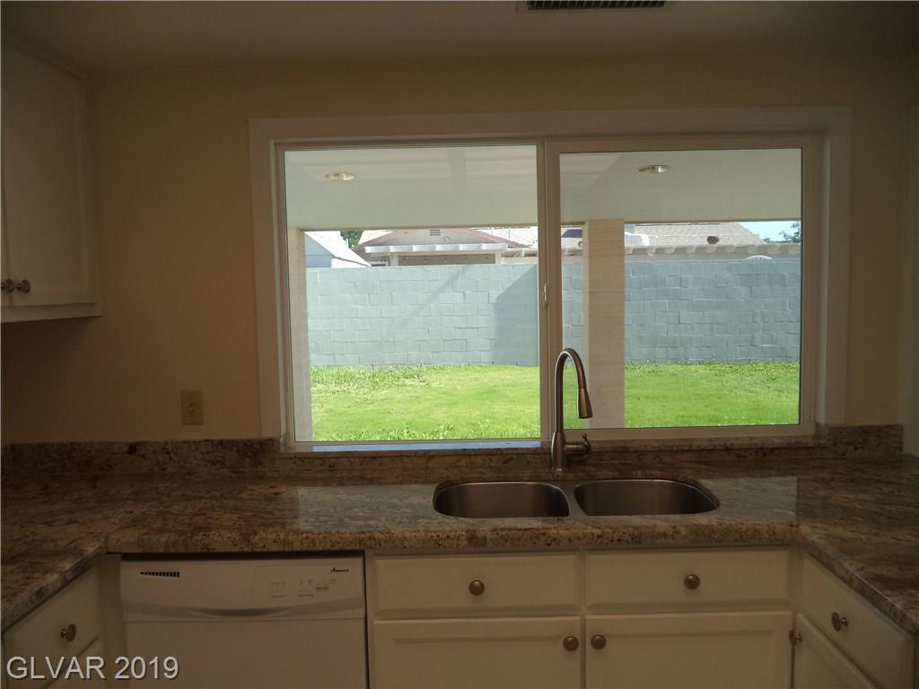 5716 Bartlett Ave Las Vegas, NV 89108 - Photo 16