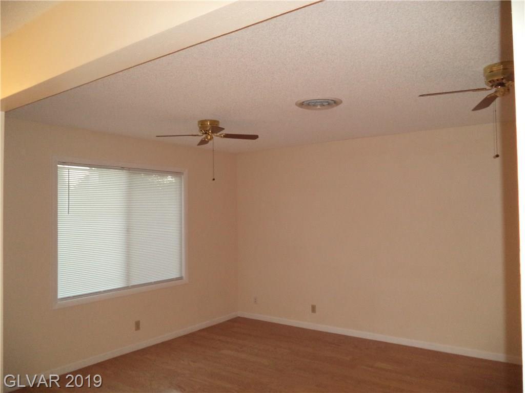 5716 Bartlett Ave Las Vegas, NV 89108 - Photo 5