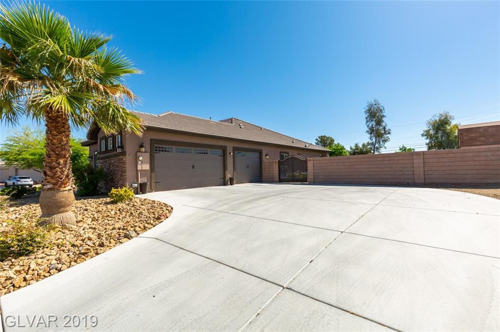 7660 Canaberry Park Ct Las Vegas, NV 89131 - Photo 2