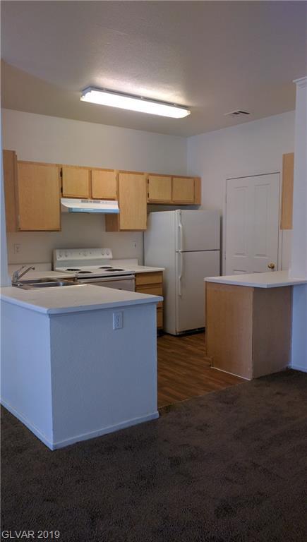2900 Sunridge Heights 1418 Henderson, NV 89052 - Photo 2