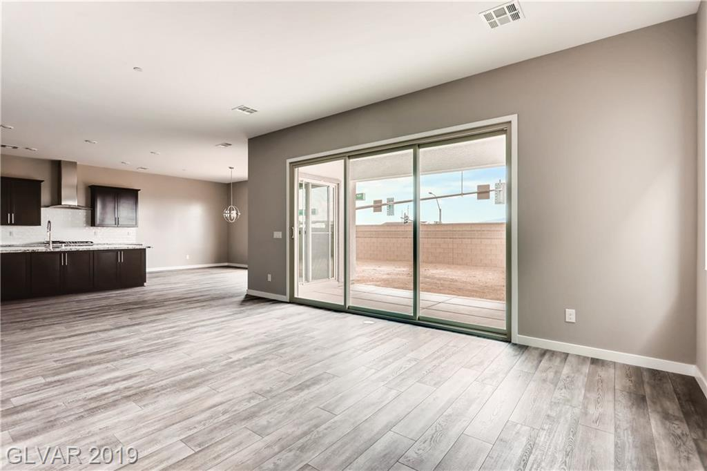 759 Glowing Horizon St Henderson, NV 89052 - Photo 2