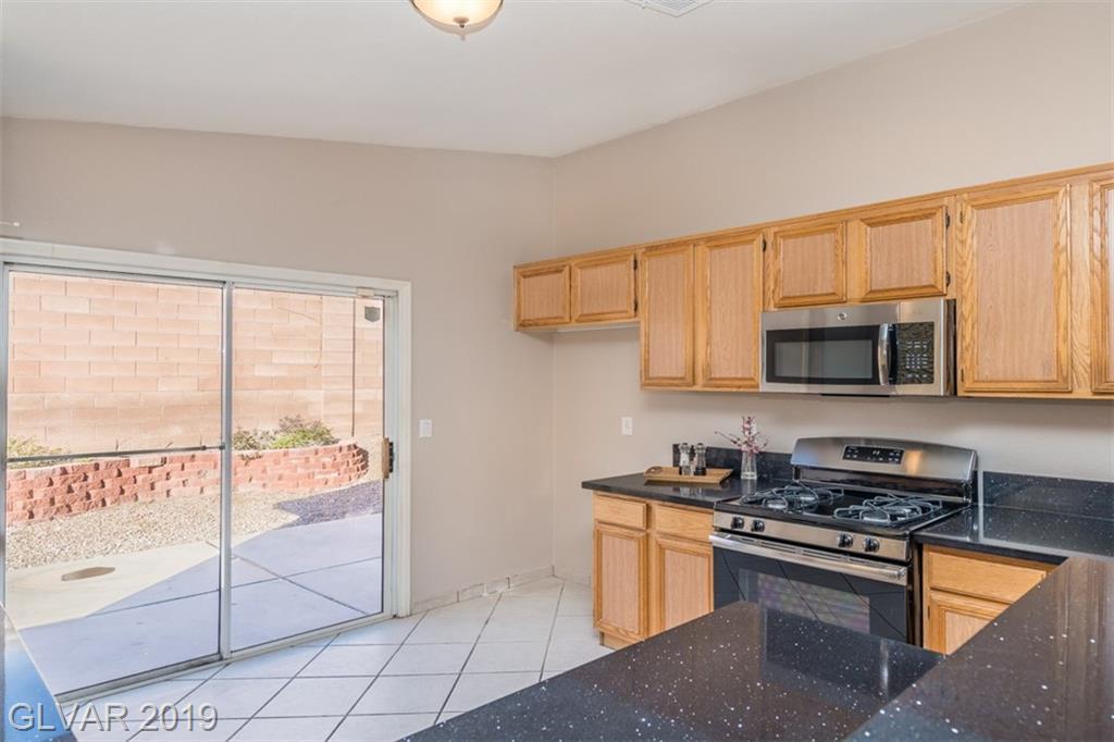 6292 Navajo Gorge Ct Las Vegas, NV 89142 - Photo 4