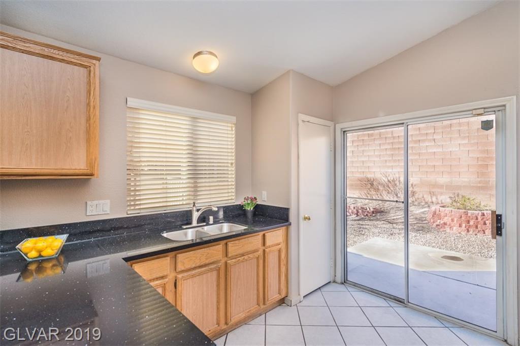 6292 Navajo Gorge Ct Las Vegas, NV 89142 - Photo 5