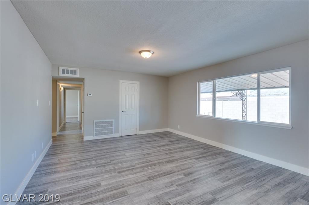69 Constitution Ave Henderson, NV 89015 - Photo 16