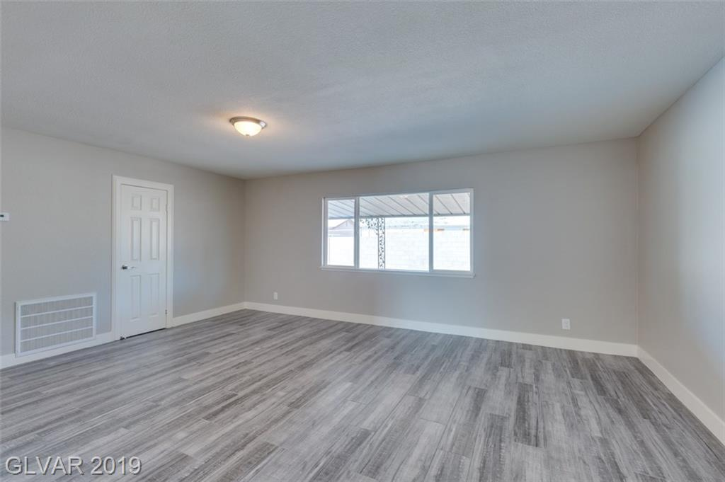 69 Constitution Ave Henderson, NV 89015 - Photo 17