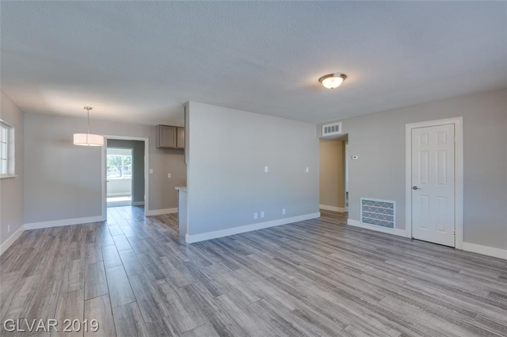 69 Constitution Ave Henderson, NV 89015 - Photo 18