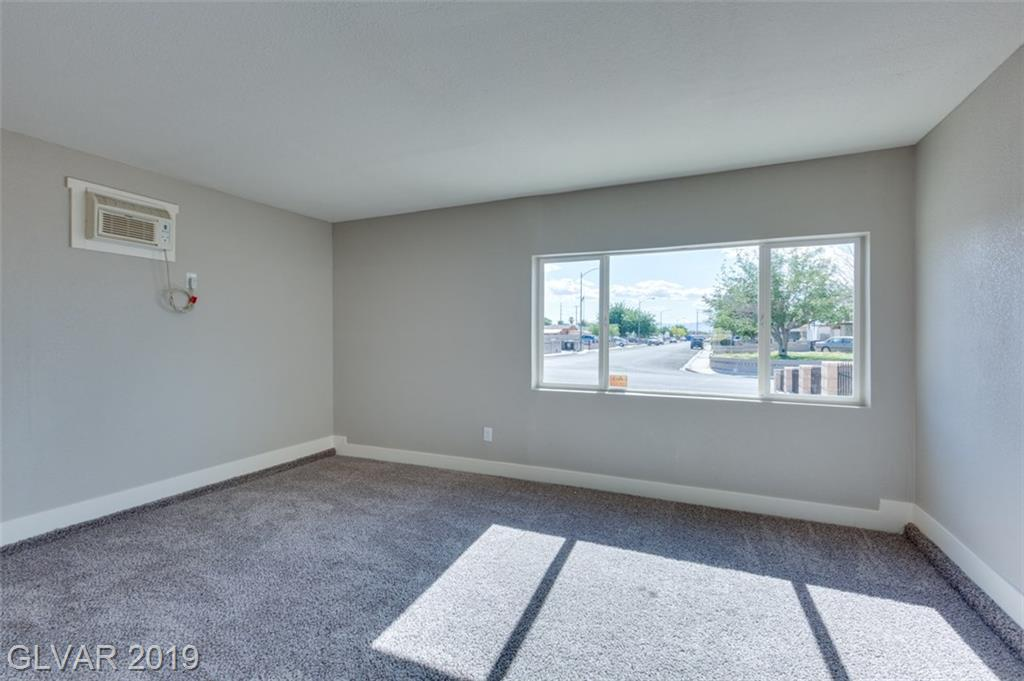 69 Constitution Ave Henderson, NV 89015 - Photo 26