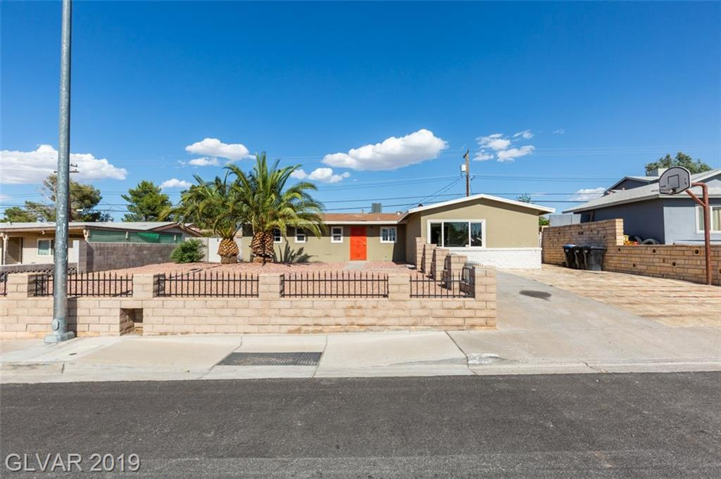 69 Constitution Ave Henderson, NV 89015 - Photo 2