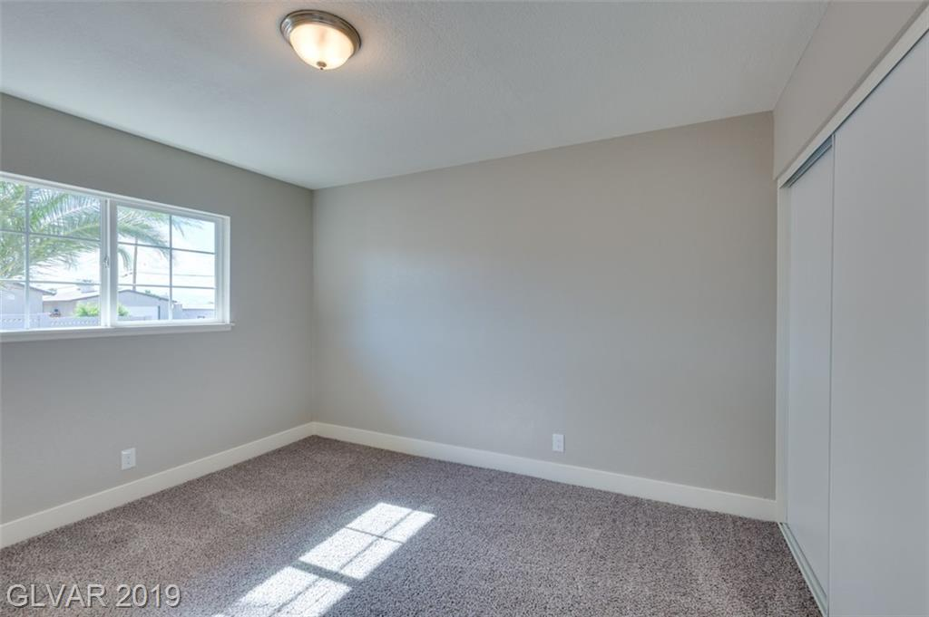 69 Constitution Ave Henderson, NV 89015 - Photo 29