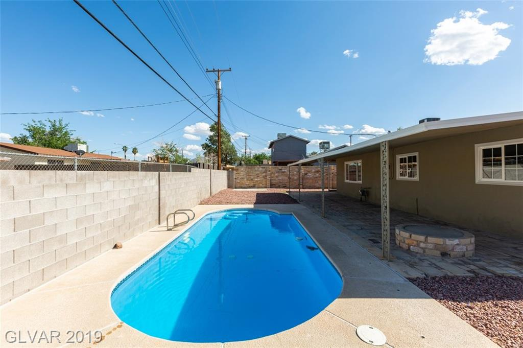 69 Constitution Ave Henderson, NV 89015 - Photo 3