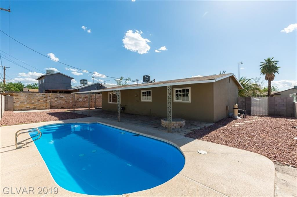 69 Constitution Ave Henderson, NV 89015 - Photo 4
