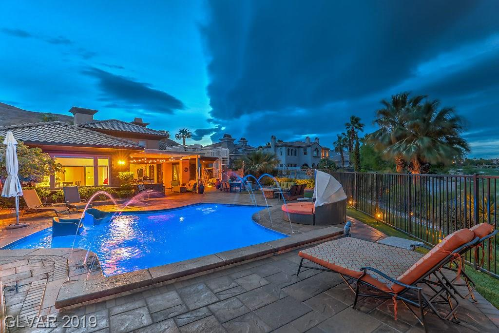 Red Rock Country Club - 2720 Grassy Spring Pl
