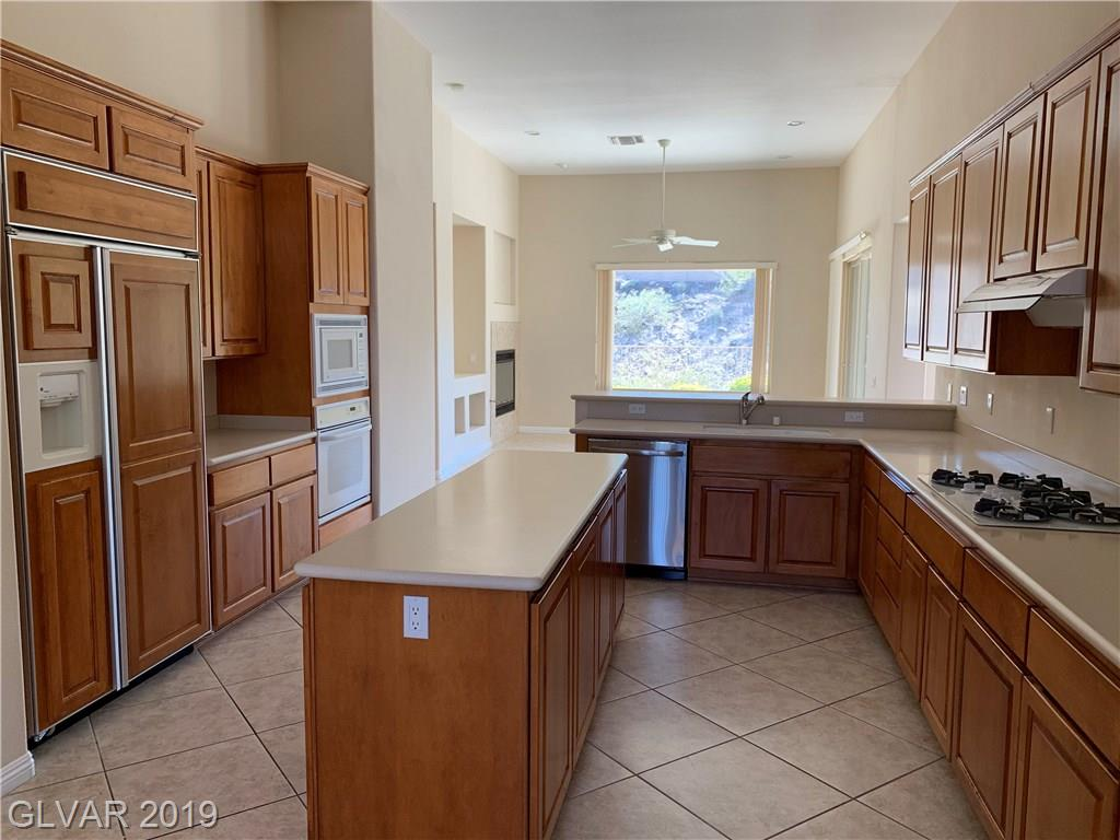 27 Plum Hollow Dr Henderson, NV 89052 - Photo 10