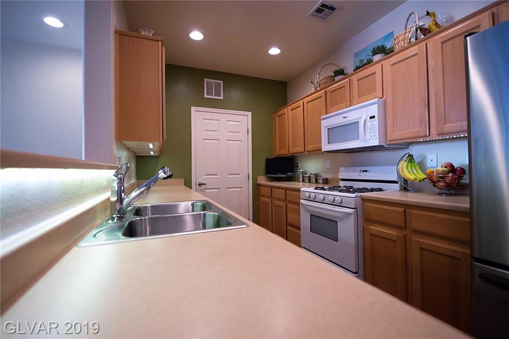 3975 Hualapai Way 214 Las Vegas, NV 89129 - Photo 6