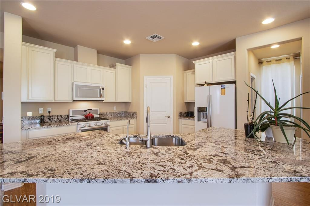 7667 Dewy Falls Ave Las Vegas, NV 89179 - Photo 8