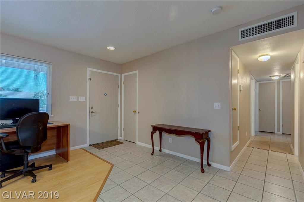 6421 Evergreen Ave Las Vegas, NV 89107 - Photo 4