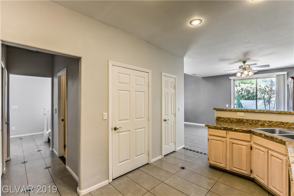 3102 Maple Ridge Ct Henderson, NV 89052 - Photo 12