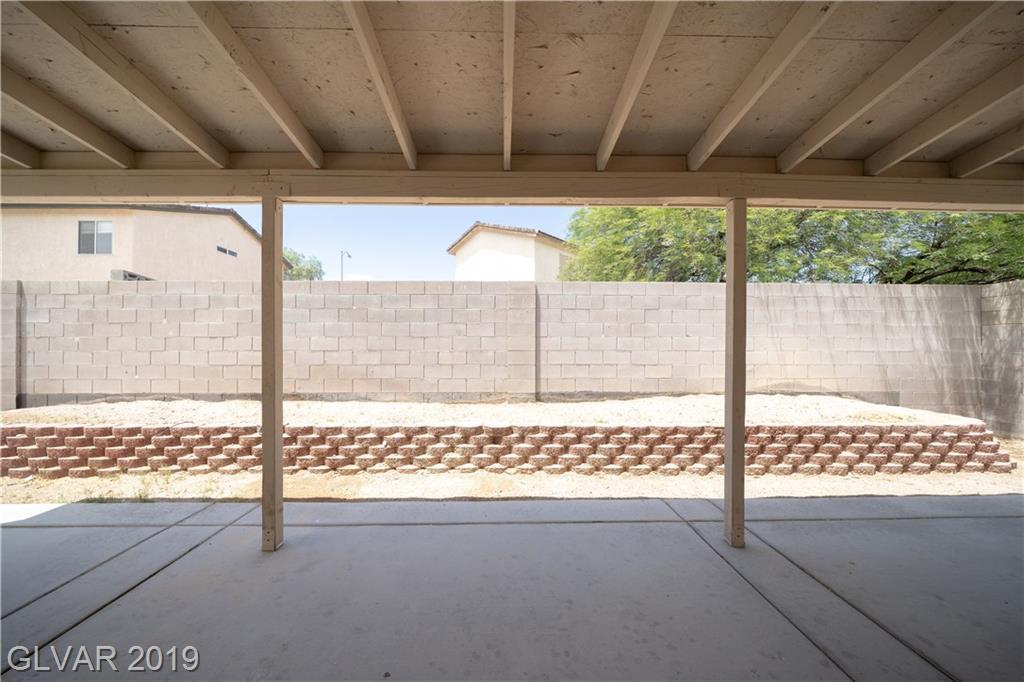 3925 Sheltering Pines St Las Vegas, NV 89115 - Photo 4