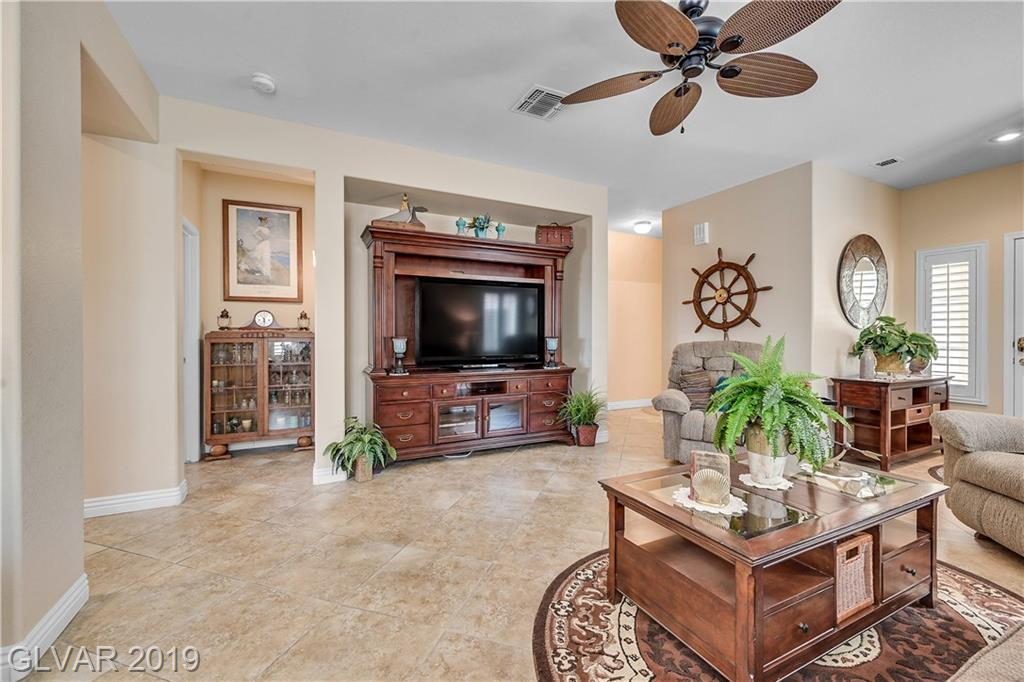 2315 Great Elk Dr Henderson, NV 89052 - Photo 9