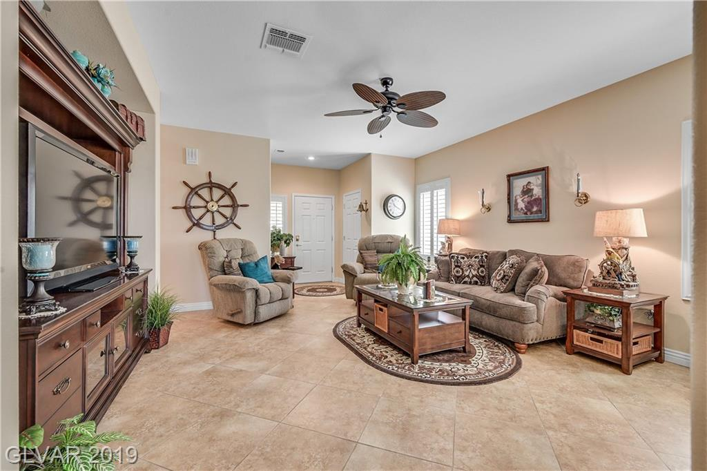 2315 Great Elk Dr Henderson, NV 89052 - Photo 2