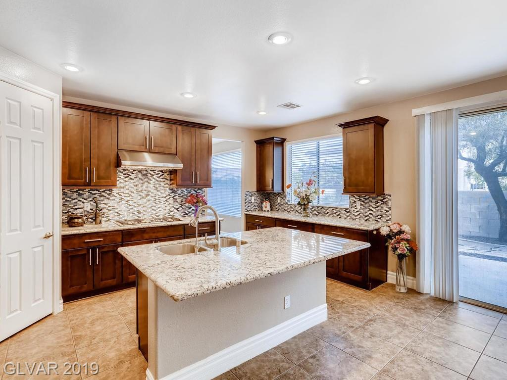 1820 Country Meadows Dr Henderson, NV 89012 - Photo 9