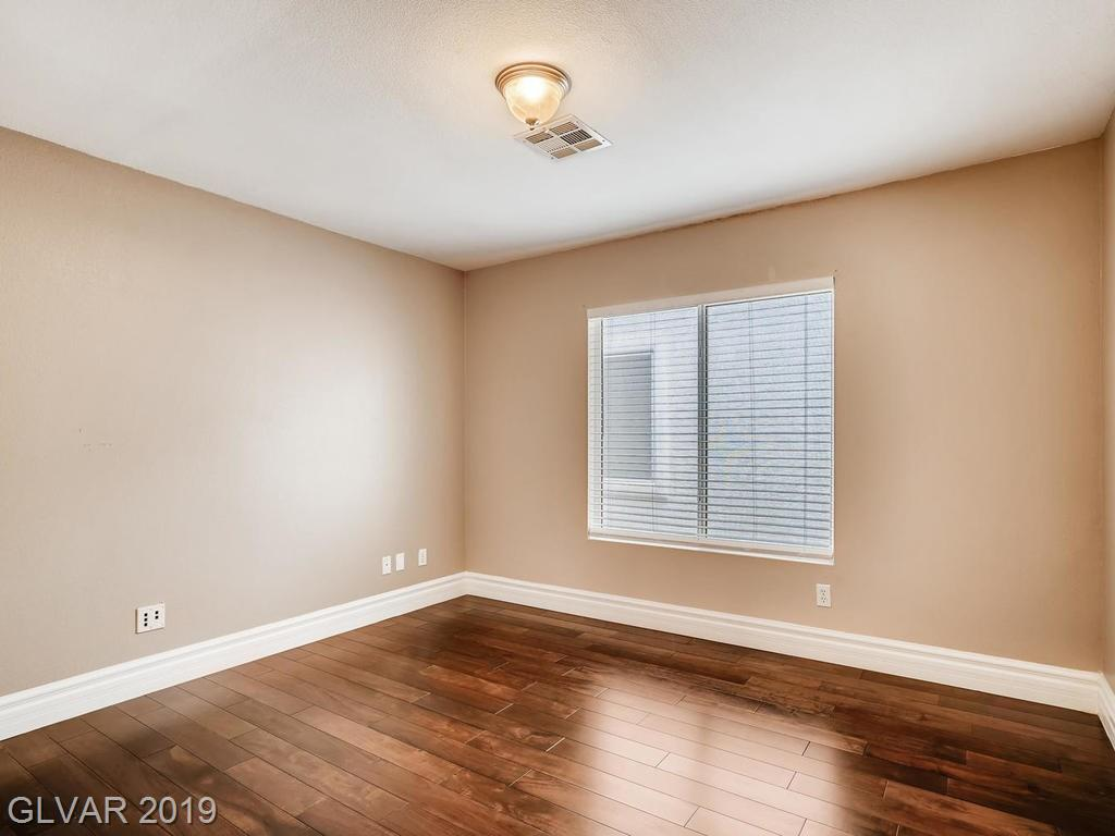 1820 Country Meadows Dr Henderson, NV 89012 - Photo 17