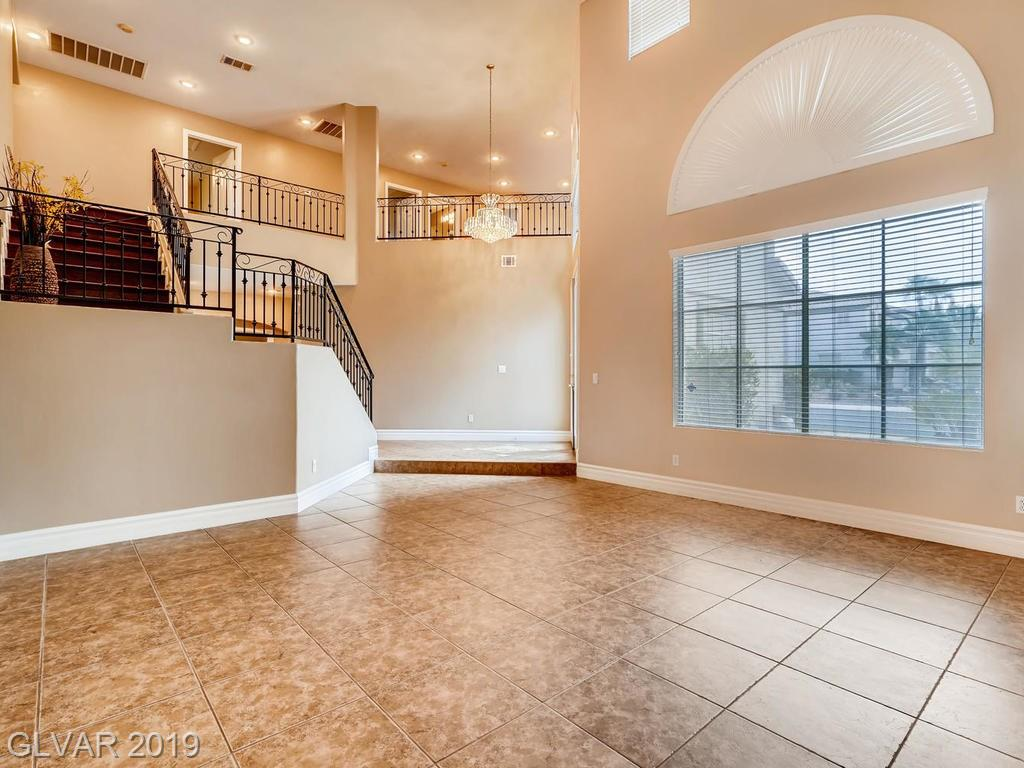 1820 Country Meadows Dr Henderson, NV 89012 - Photo 3