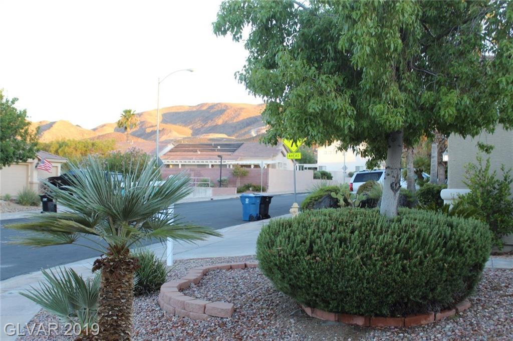 39 Toggle St Henderson, NV 89012 - Photo 2