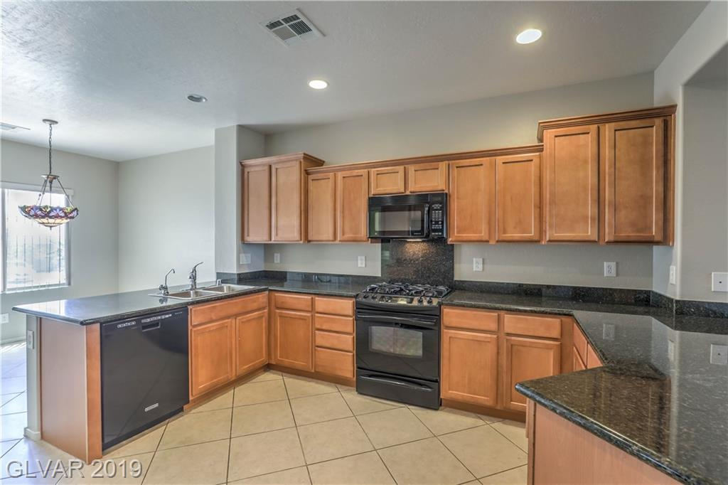 Madeira Canyon - 2672 Rue Toulouse Ave