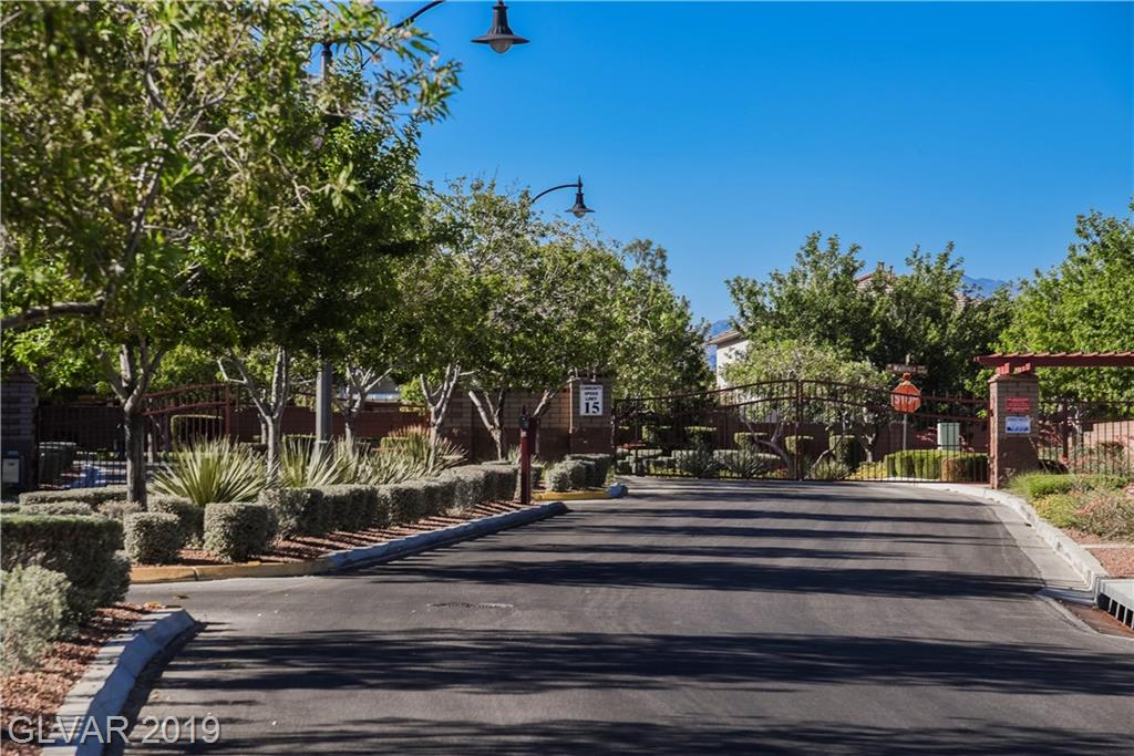 10533 Fulbright Ave Las Vegas, NV 89166 - Photo 32