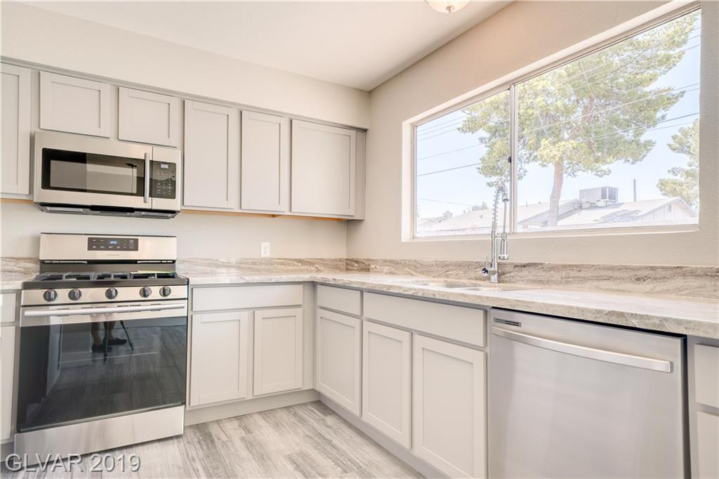 4671 Marnell Dr Las Vegas, NV 89121 - Photo 2