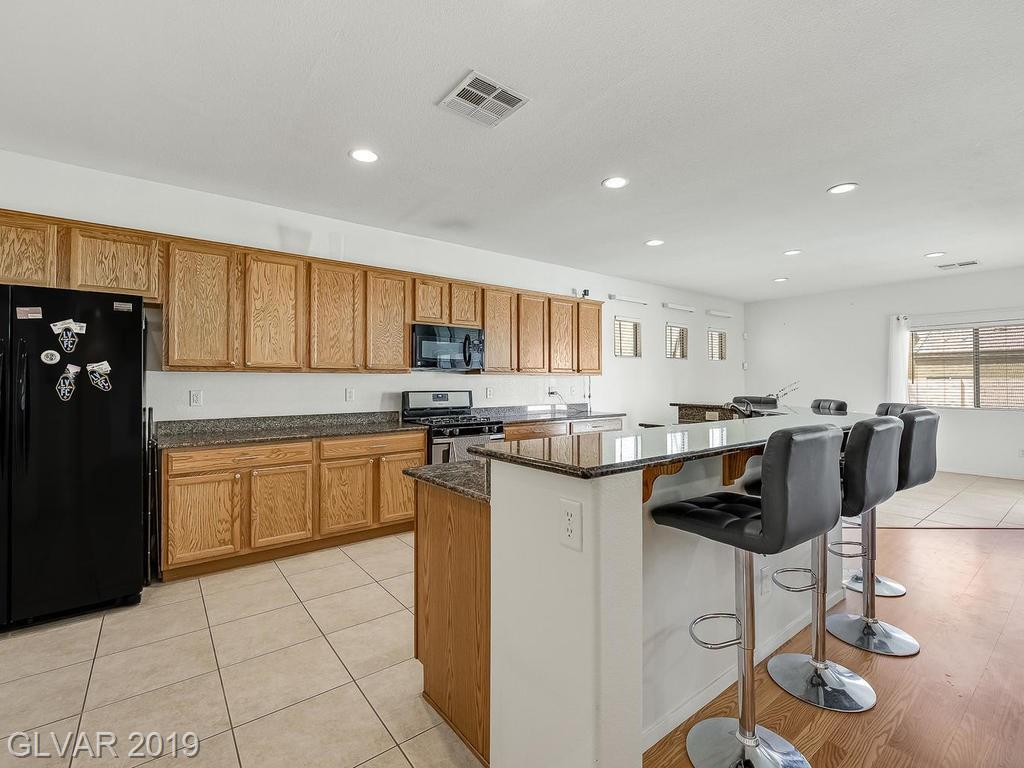 6641 Brent Scott St North Las Vegas, NV 89081 - Photo 10