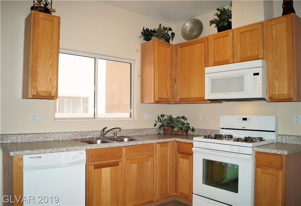 6820 Nickel Mine Ave Las Vegas, NV 89122 - Photo 4